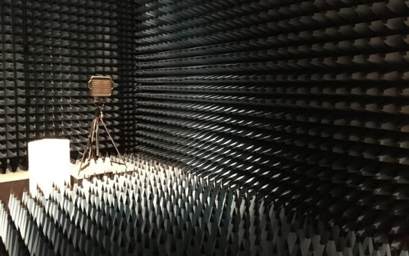 Line-of-sight unit in the S+T anechoic chamber in Bern.
